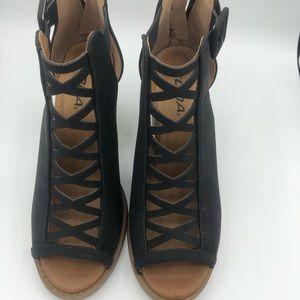 Soda Black Strappy Chunky Heel Shoes